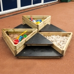 Nursery Playground Apparatus in Aber-Gi 12
