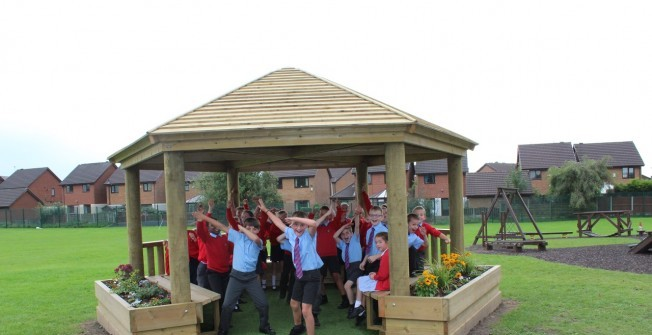 Outdoor Classroom Ideas in Acaster Selby